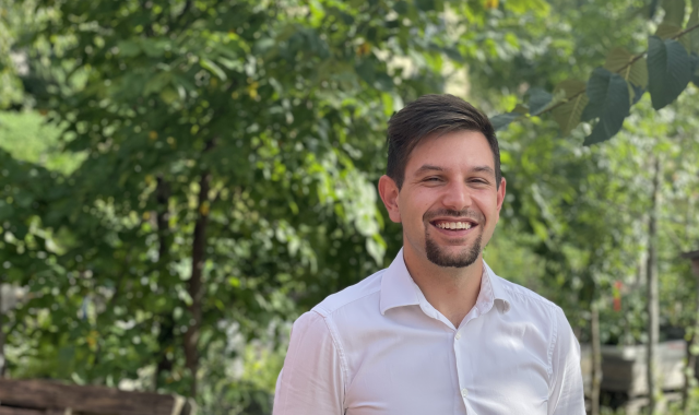 Dennis Lauchenauer, Berater KMU im Team von Alptel mit Fokus Abo-Optimierung, Abo-Verwaltung und Geräte-Management