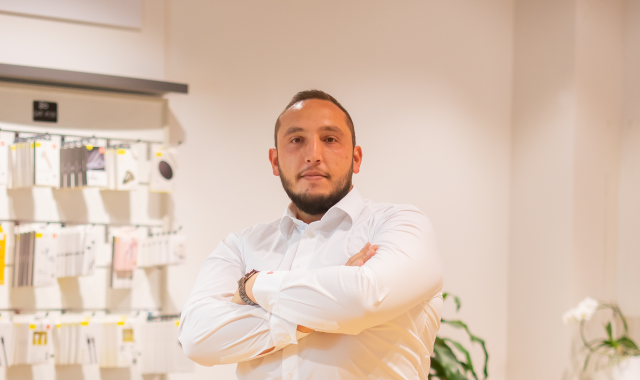 Mustafa Savci, Store Manager im Sunrise-Shop by Alptel in Rorschach